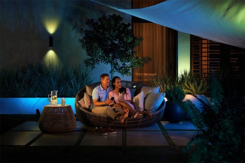 philips-hue-praesentiert-neue-outdoor-lampen-und-weitere-neuheiten